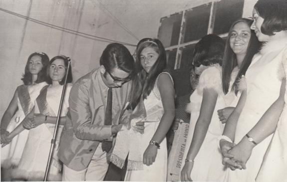 1970_Presentacion Reinas