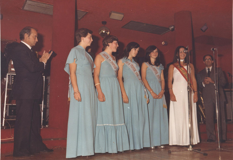 1976_Presentacion