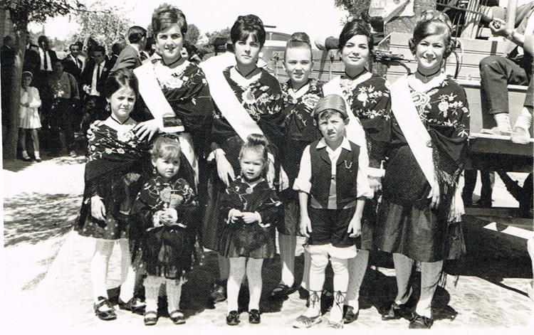 1967_Reinas_2_Red